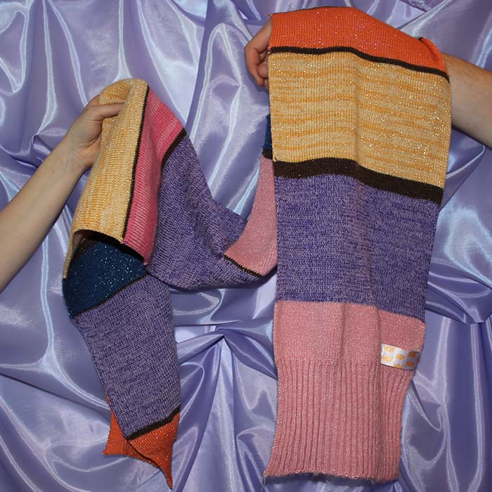 dikke sjaal handen